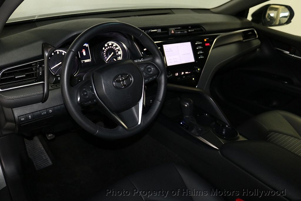2018 Toyota Camry SE Automatic - 18202674 - 17