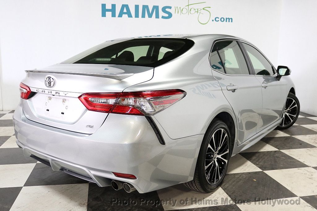 2018 Toyota Camry SE Automatic - 18202674 - 6