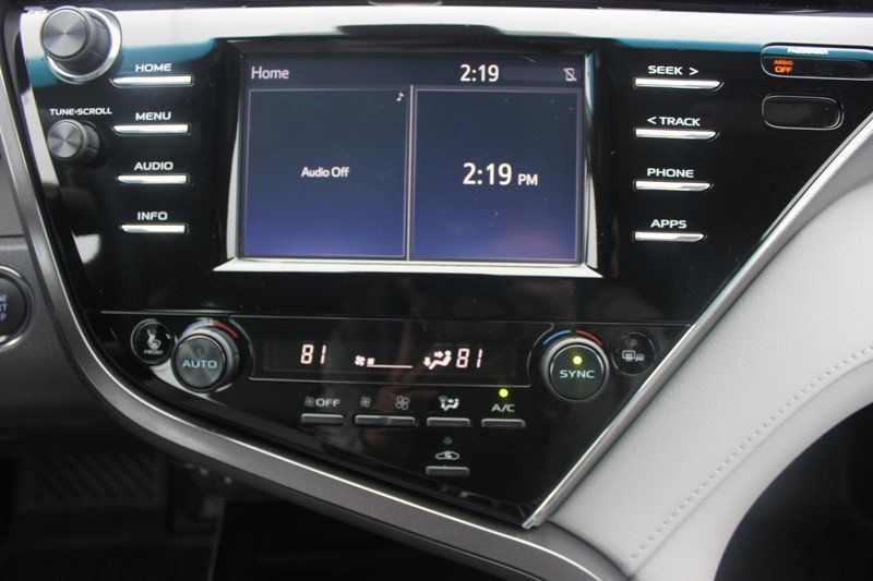 2018 Toyota Camry XSE Automatic - 18602755 - 20