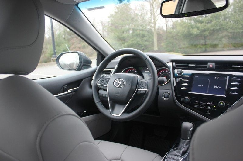 2018 Toyota Camry XSE Automatic - 18602755 - 31