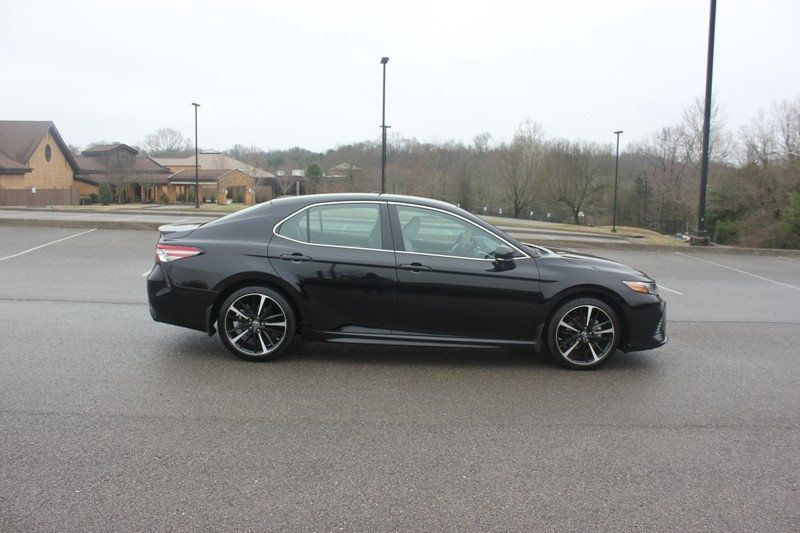 2018 Toyota Camry XSE Automatic - 18602755 - 52