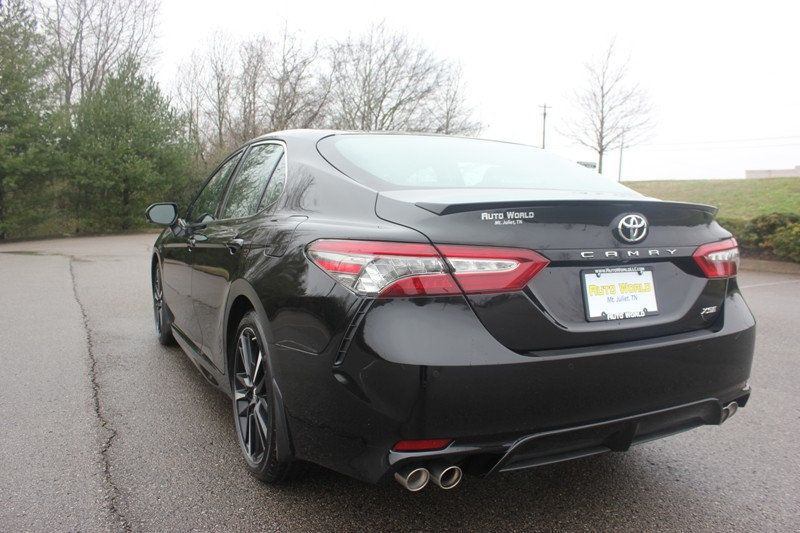 2018 Toyota Camry XSE Automatic - 18602755 - 58