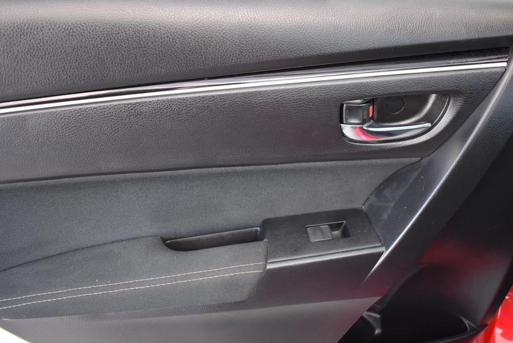2018 Toyota Corolla  - 18592357 - 11