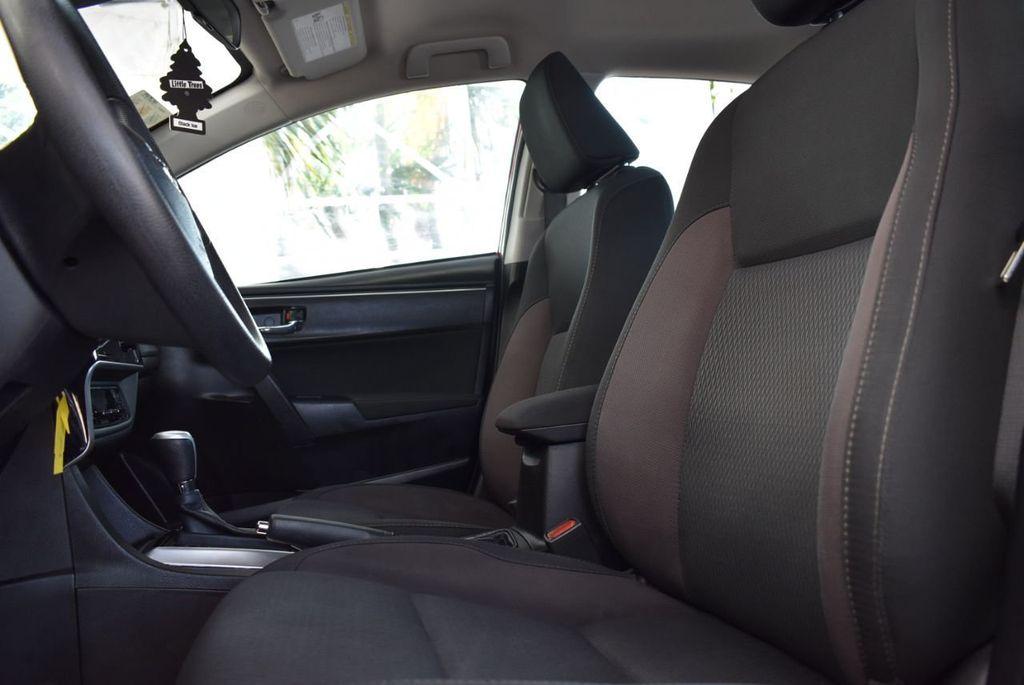 2018 Toyota Corolla  - 18592357 - 12
