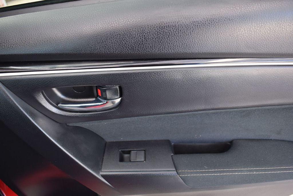2018 Toyota Corolla  - 18592357 - 17