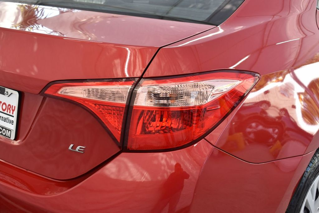 2018 Toyota Corolla  - 18592357 - 1