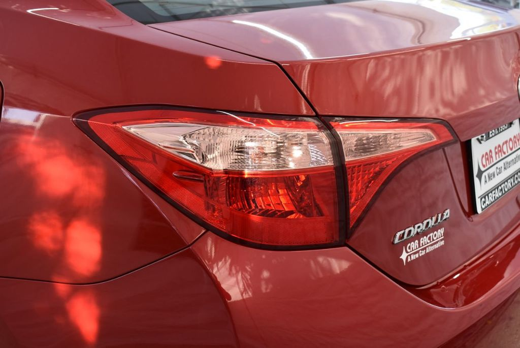 2018 Toyota Corolla  - 18592357 - 4