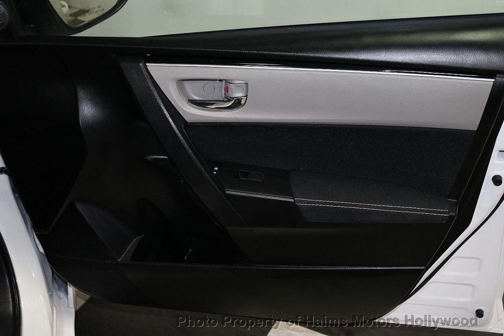 2018 Toyota Corolla LE CVT - 18295701 - 12