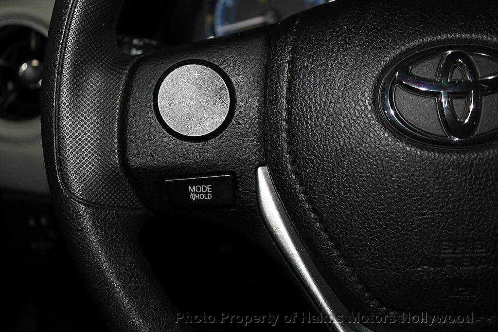 2018 Toyota Corolla LE CVT - 18295701 - 22