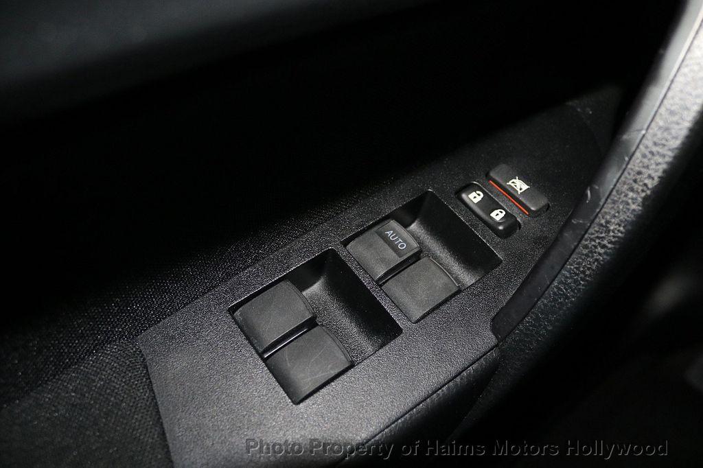 2018 Toyota Corolla LE CVT - 18692233 - 22