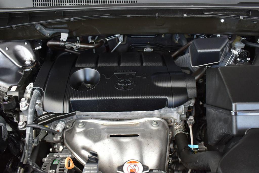 2018 Toyota Highlander LE I4 FWD - 18637837 - 22