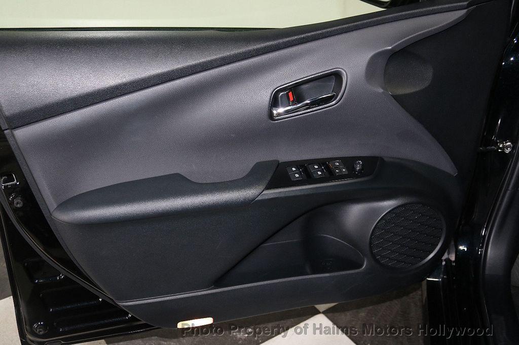 2018 Toyota Prius  - 18271897 - 10