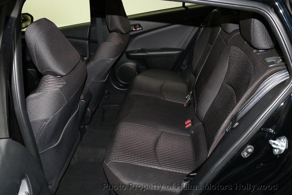 2018 Toyota Prius  - 18271897 - 16