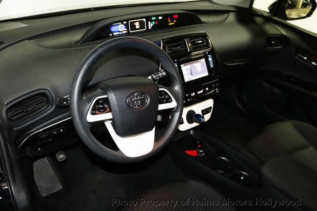 2018 Toyota Prius  - 18271897 - 18