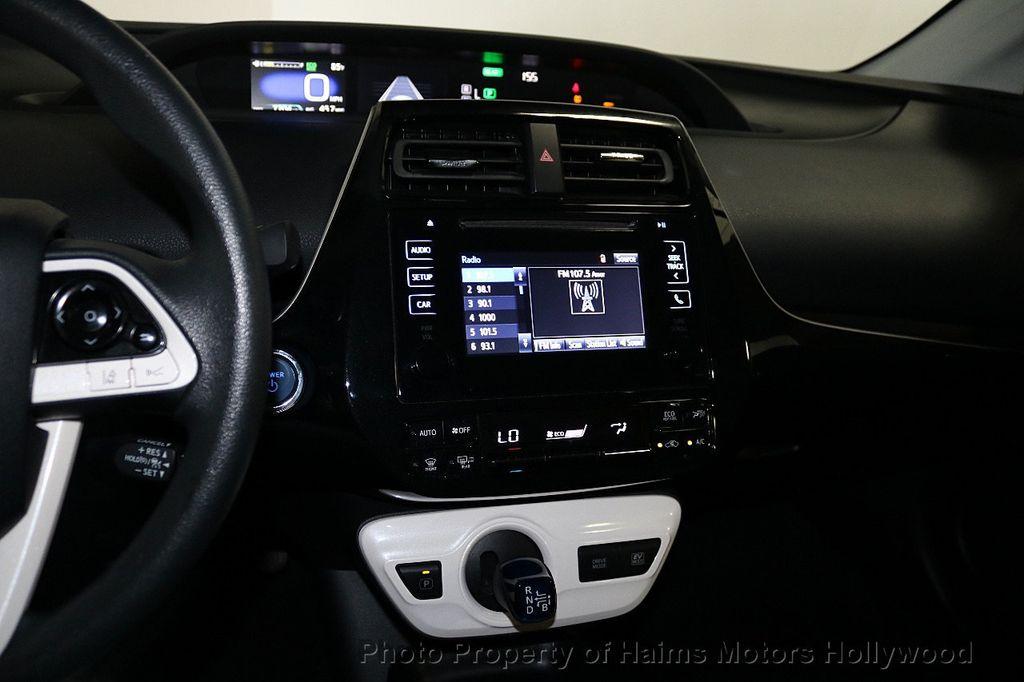 2018 Toyota Prius  - 18271897 - 19