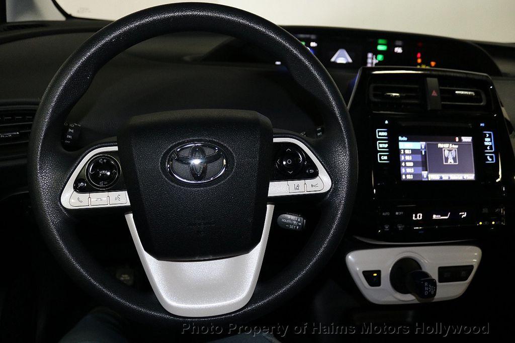 2018 Toyota Prius  - 18271897 - 28