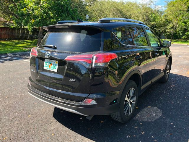 2018 Toyota RAV4  - Click to see full-size photo viewer