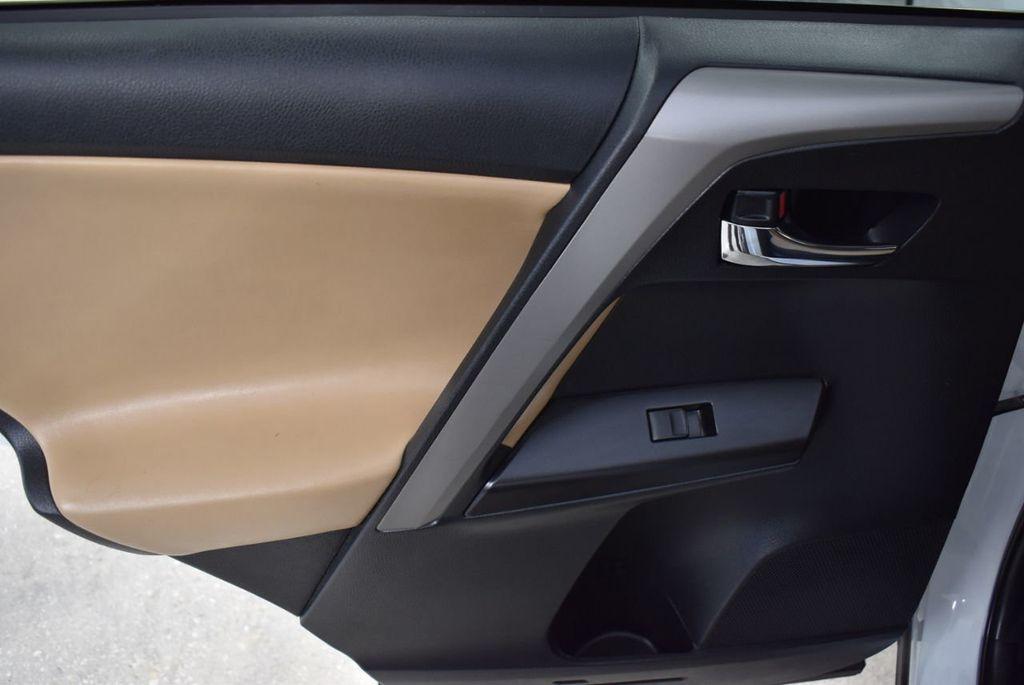 2018 Toyota RAV4  - 18546494 - 11
