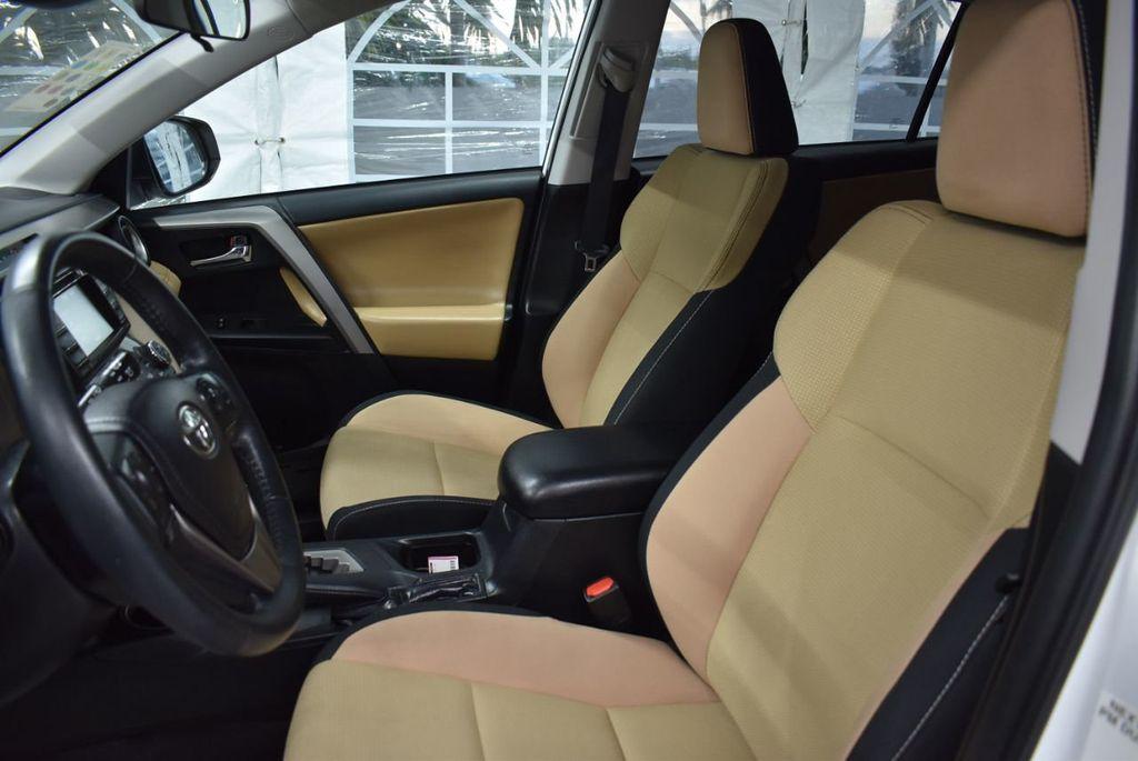 2018 Toyota RAV4  - 18546494 - 13