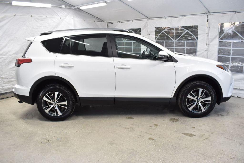2018 Toyota RAV4  - 18546494 - 1