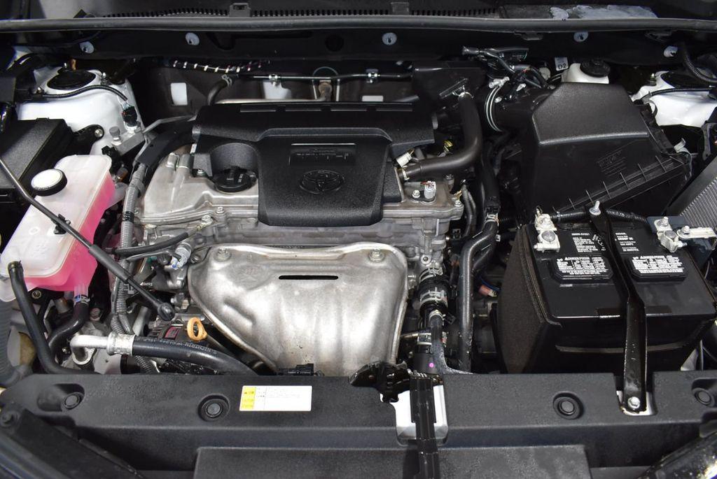 2018 Toyota RAV4  - 18546494 - 24