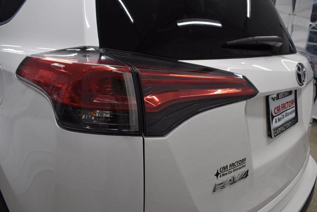 2018 Toyota RAV4  - 18546494 - 26