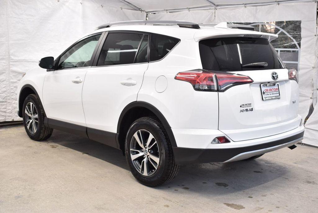 2018 Toyota RAV4  - 18546494 - 4