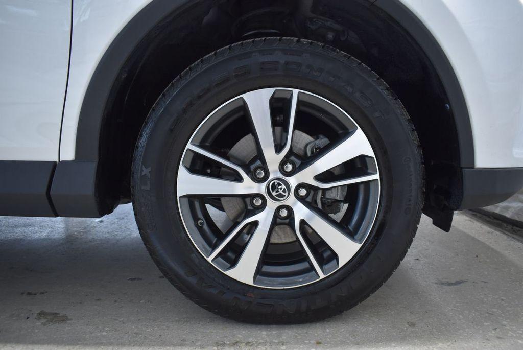 2018 Toyota RAV4  - 18546494 - 6