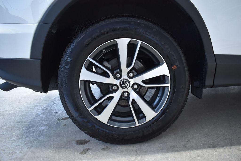 2018 Toyota RAV4  - 18546494 - 7