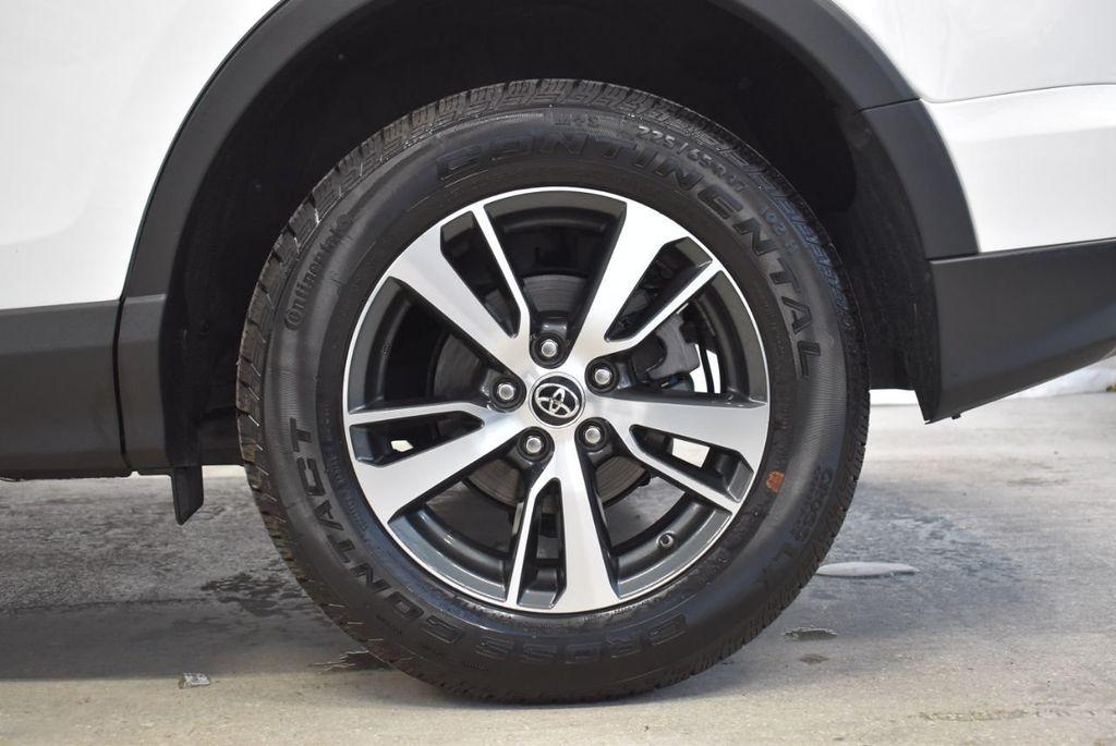 2018 Toyota RAV4  - 18546494 - 8