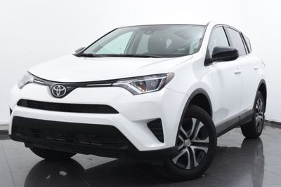 2018 Toyota RAV4 LE AWD - Click to see full-size photo viewer