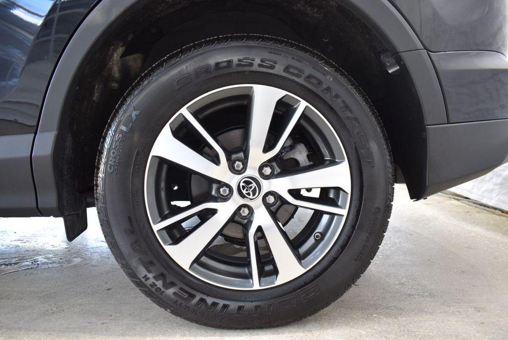 2018 Toyota RAV4 XE - 18433245 - 10
