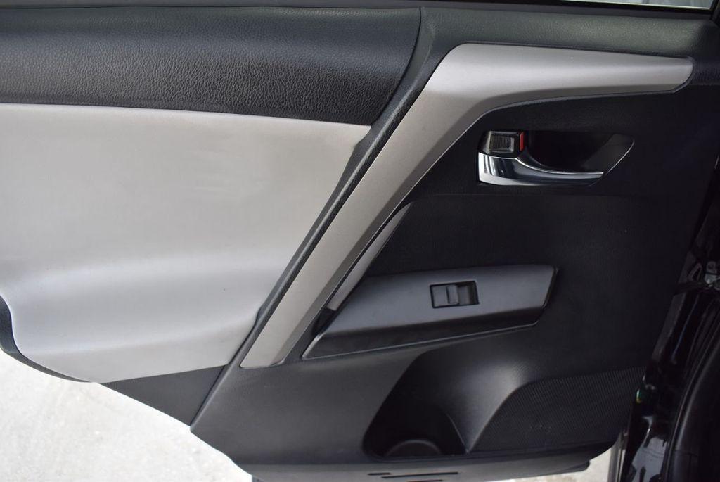2018 Toyota RAV4 XE - 18433245 - 13