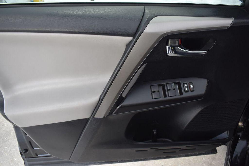 2018 Toyota RAV4 XE - 18433245 - 15