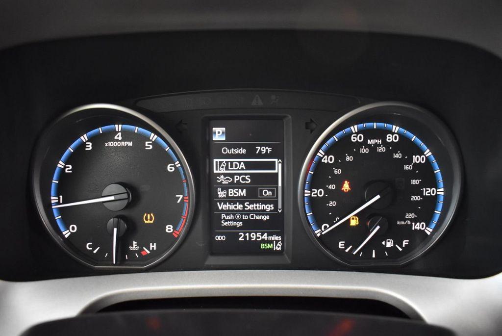 2018 Toyota RAV4 XE - 18433245 - 16