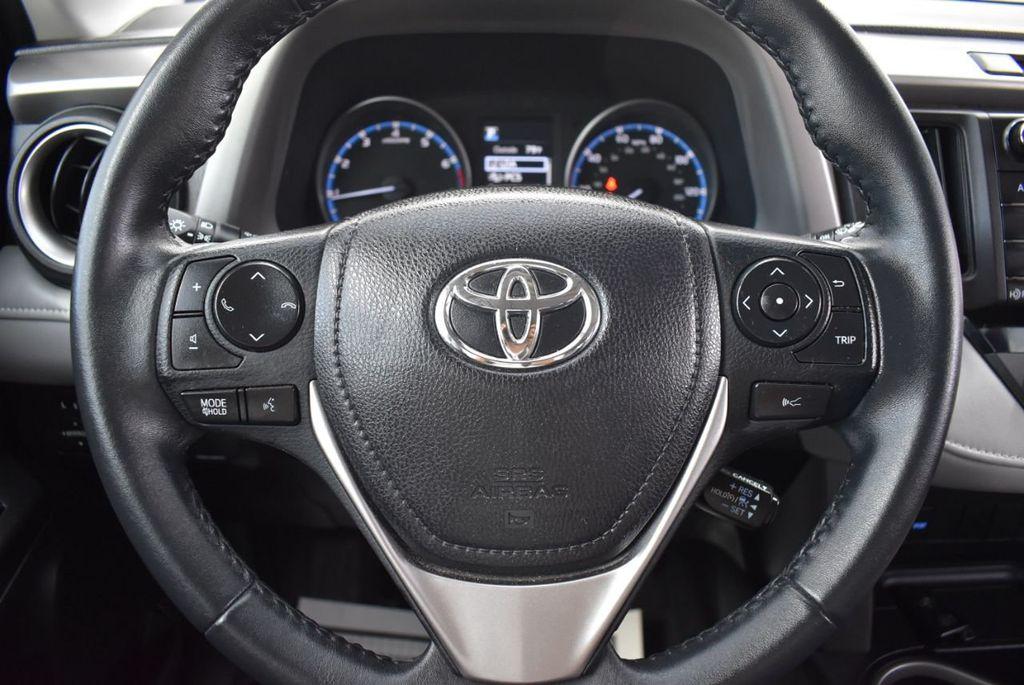 2018 Toyota RAV4 XE - 18433245 - 17