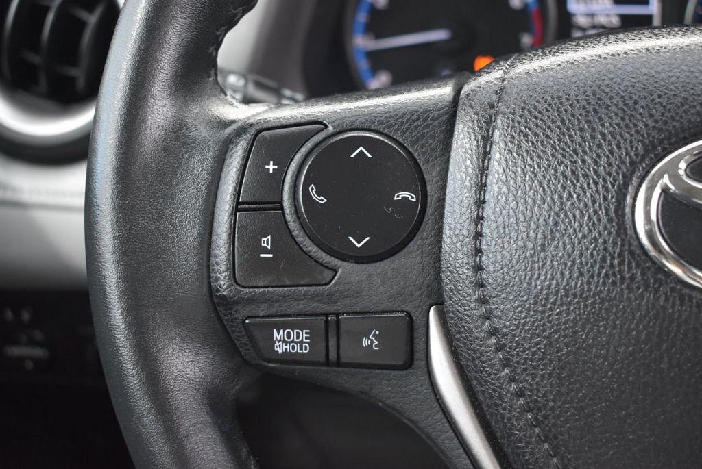 2018 Toyota RAV4 XE - 18433245 - 19