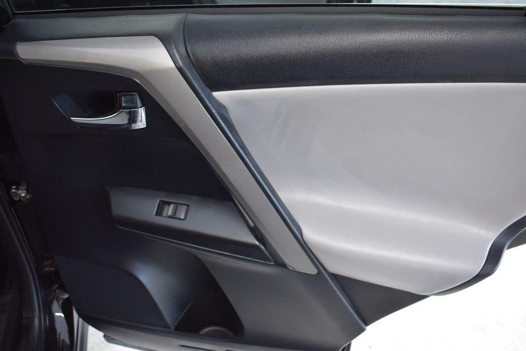 2018 Toyota RAV4 XE - 18433245 - 23