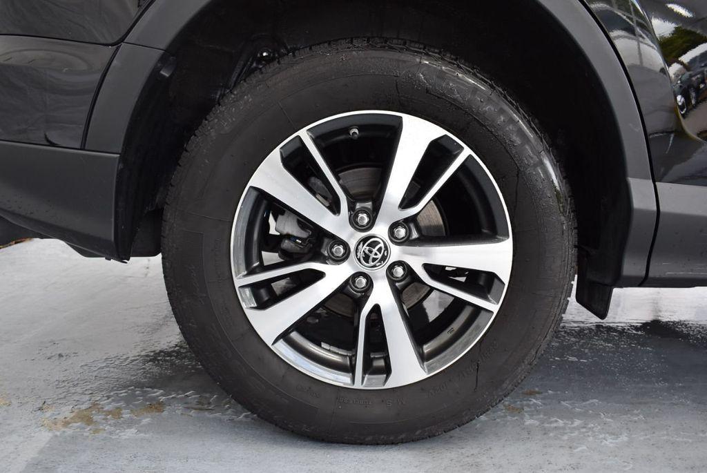 2018 Toyota RAV4 XEP2 - 18319322 - 9
