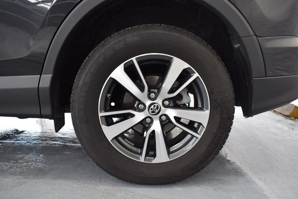 2018 Toyota RAV4 XEP2 - 18319322 - 10