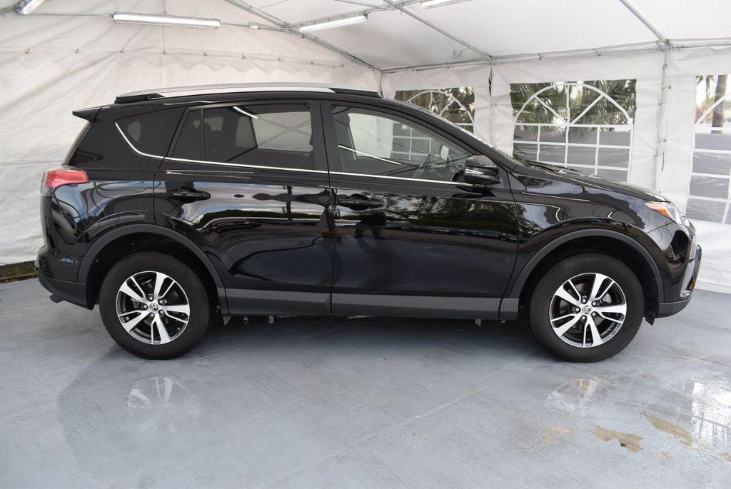 2018 Toyota RAV4 XEP2 - 18319322 - 2