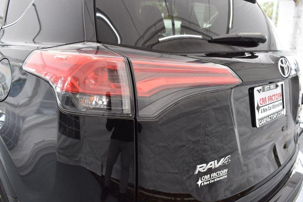 2018 Toyota RAV4 XEP2 - 18319322 - 6