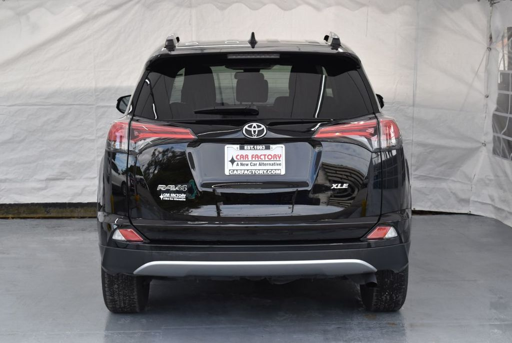 2018 Toyota RAV4 XEP2 - 18319322 - 7
