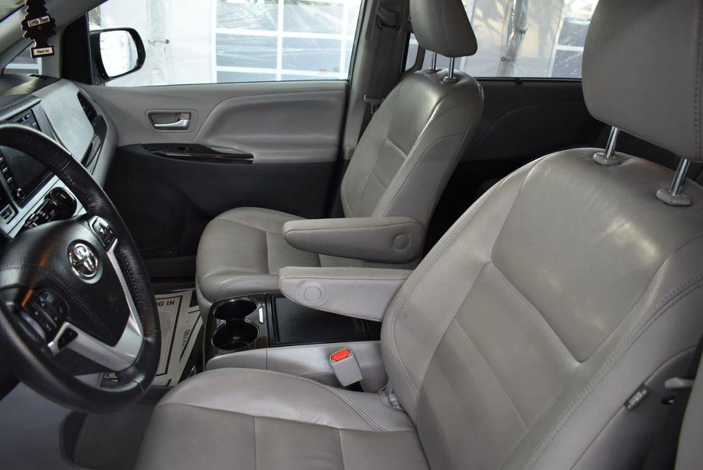 2018 Toyota Sienna  - 18574933 - 14