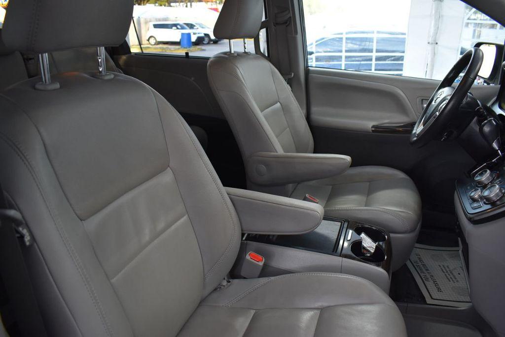 2018 Toyota Sienna  - 18574933 - 17