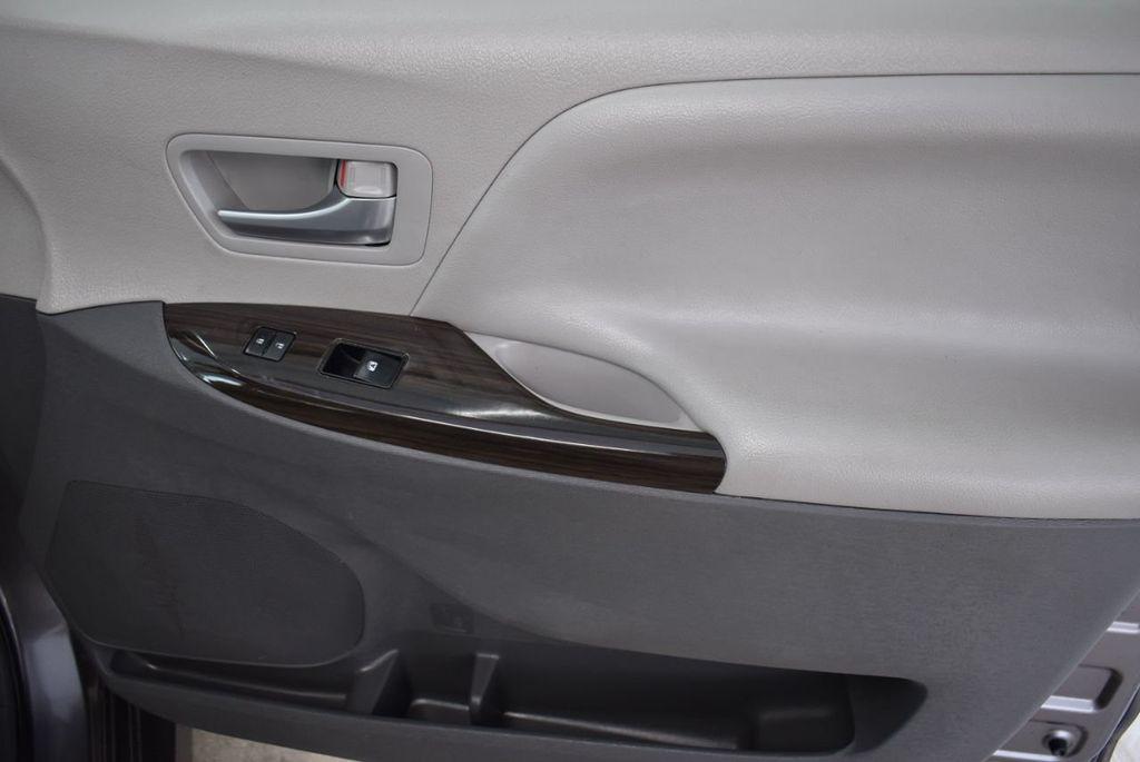 2018 Toyota Sienna  - 18574933 - 18