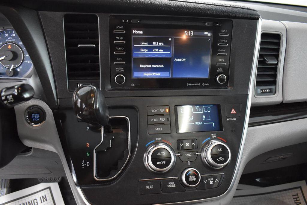 2018 Toyota Sienna  - 18574933 - 23