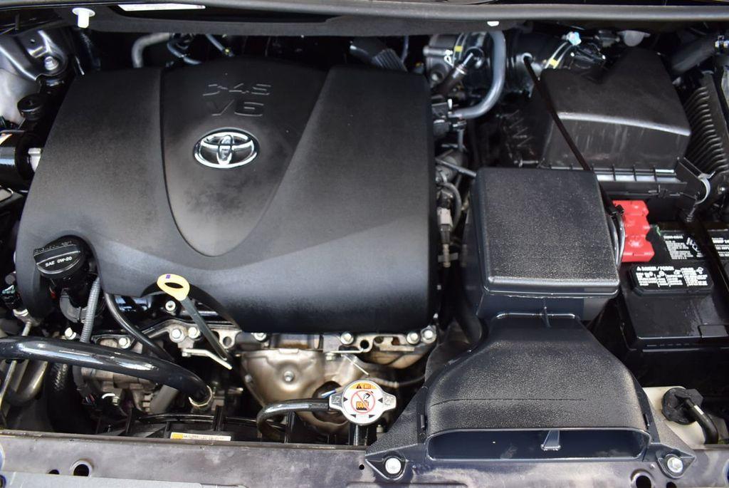 2018 Toyota Sienna  - 18574933 - 24