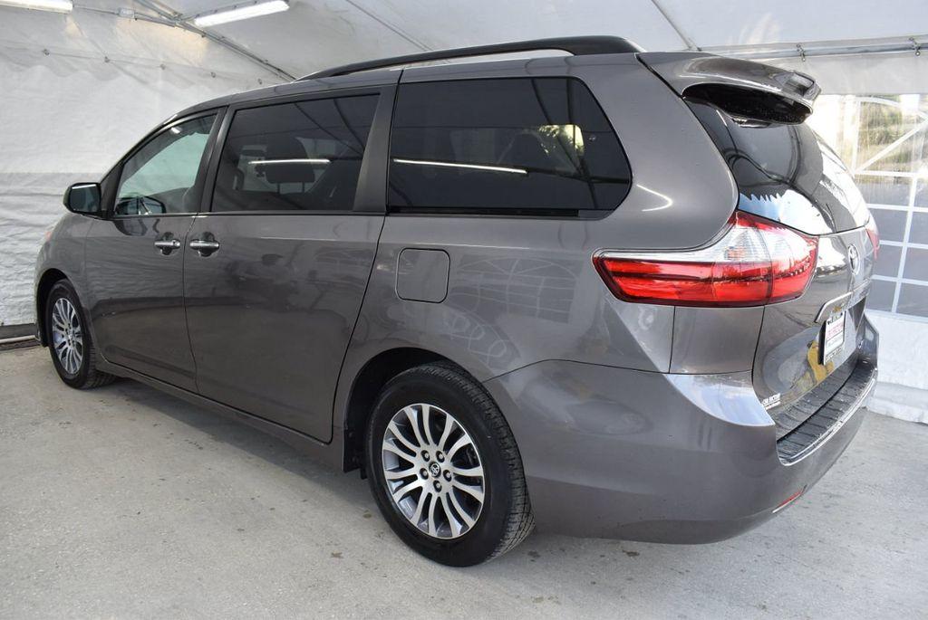 2018 Toyota Sienna  - 18574933 - 3
