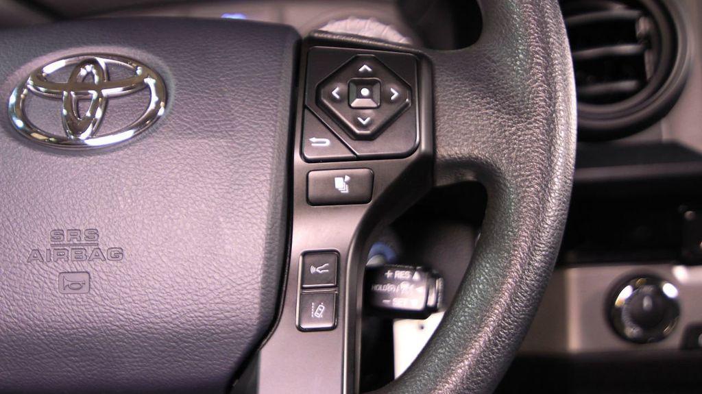 2018 Toyota Tacoma SR Double Cab 5' Bed V6 4x4 Automatic - 18346849 - 21